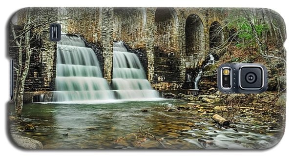 Cumberland Waterfall Galaxy S5 Case by Debbie Green