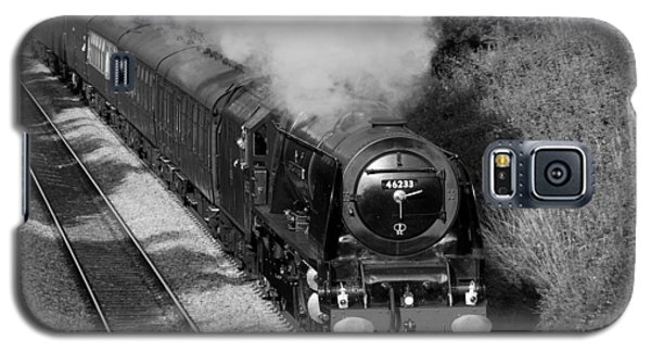 Galaxy S5 Case featuring the photograph Cumbrian Express by Paul Scoullar