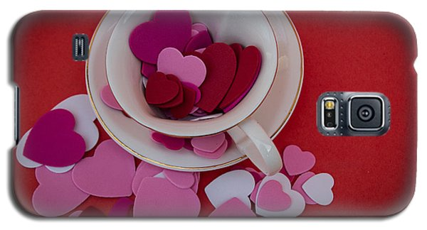 Galaxy S5 Case featuring the photograph Cup Full Of Love by Patrice Zinck