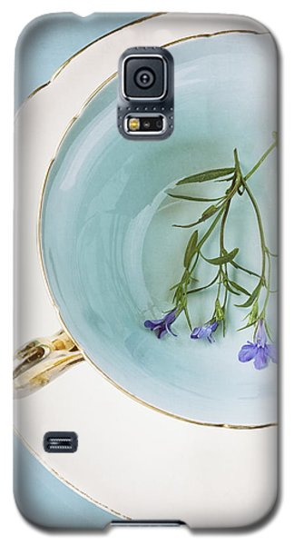 Galaxy S5 Case featuring the photograph Cup Of Three by Amy Weiss