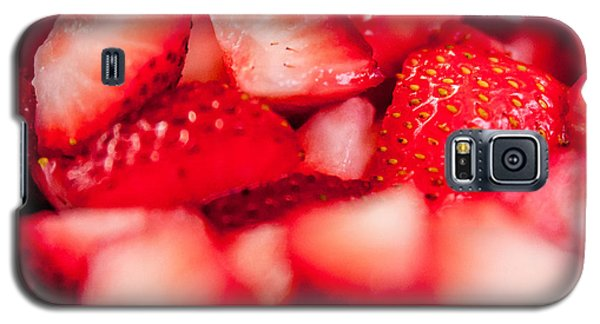 Cut Strawberries Galaxy S5 Case by Todd Soderstrom