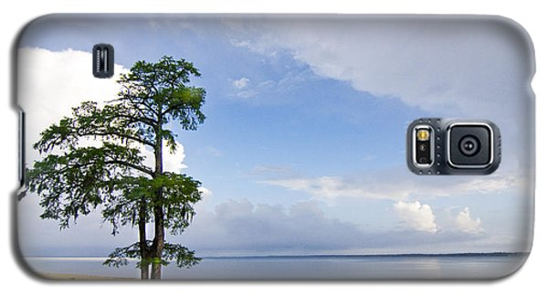 Galaxy S5 Case featuring the photograph Cypress On The Neuse by Bob Decker