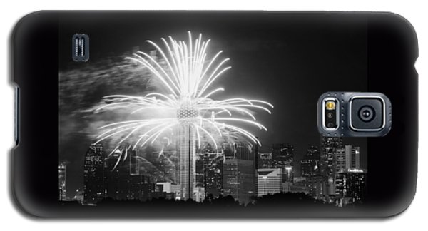 Dallas Reunion Tower Fireworks Bw 2014 Galaxy S5 Case