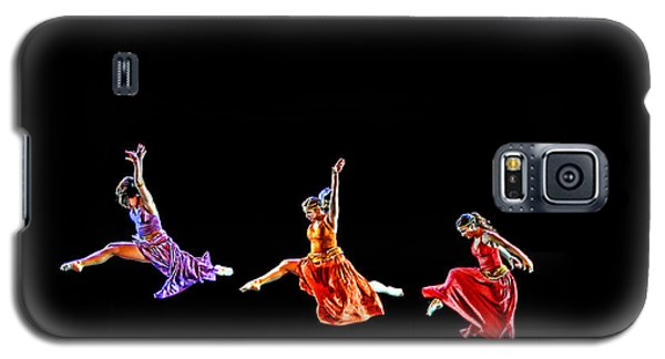 Galaxy S5 Case featuring the photograph Dancers In Flight by Bill Howard