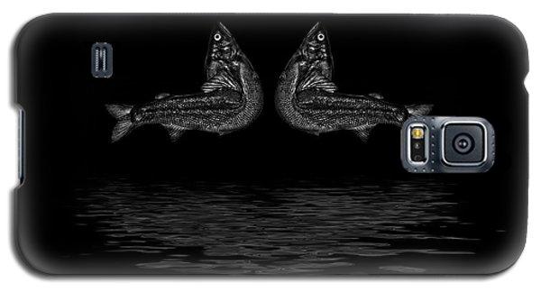 Dancing Fish At Night 2 Galaxy S5 Case by Evgeniy Lankin