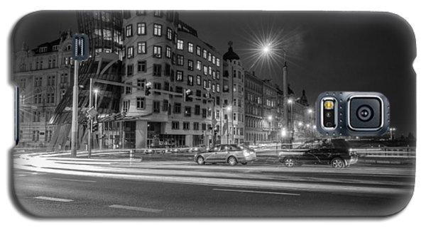 Dancing House  B-w Galaxy S5 Case