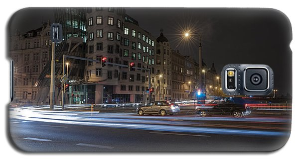 Galaxy S5 Case featuring the photograph Dancing House by Sergey Simanovsky