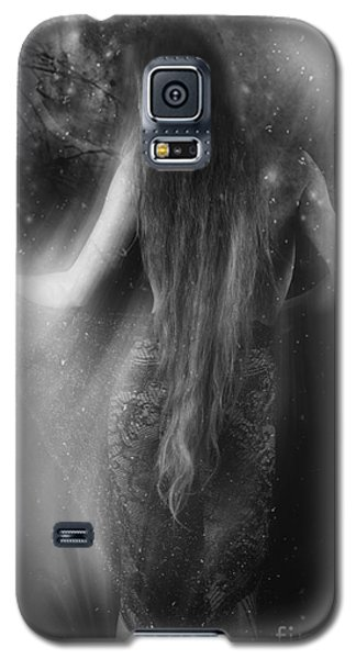 Dancing In The Moonlight... Galaxy S5 Case by Nina Stavlund