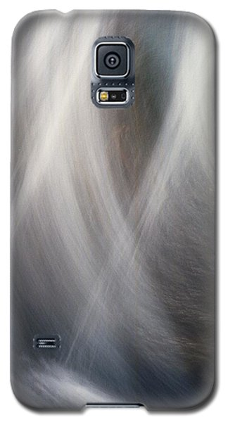 Galaxy S5 Case featuring the photograph Dancing Water by Kathy Bassett