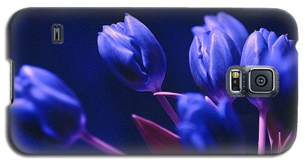 Dark Blue Tulips Galaxy S5 Case