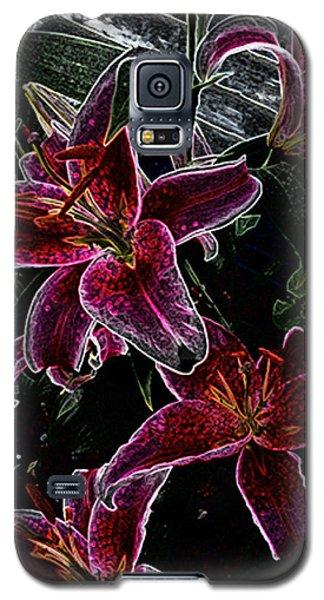 Dark Lillies Galaxy S5 Case