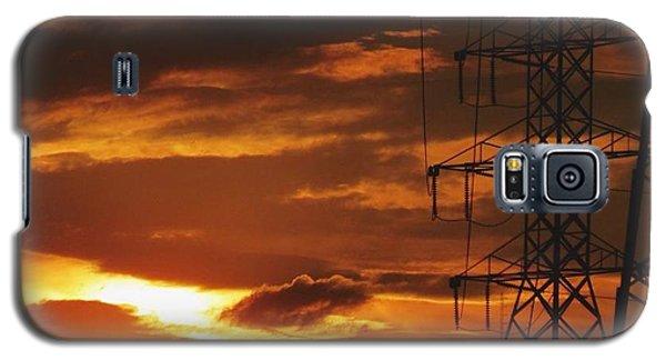 Galaxy S5 Case featuring the photograph Darkened Sunset by Nikki McInnes