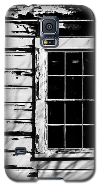 Galaxy S5 Case featuring the photograph Darkness by Beverly Parks