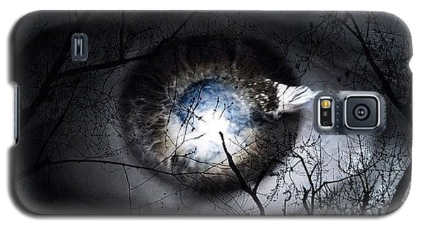 Follow Galaxy S5 Case - Darkness Falls Across The Land The by Cameron Bentley