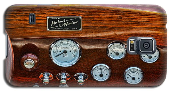 Dashboard In A Classic Wooden Boat Galaxy S5 Case by Les Palenik