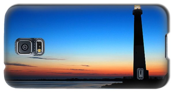 Galaxy S5 Case featuring the photograph Dawn At Barnegat Light by James Kirkikis