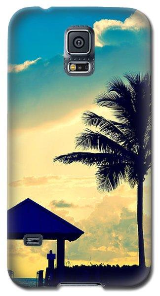Dawn Beach Pyramid Galaxy S5 Case