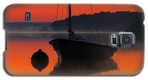 Galaxy S5 Case featuring the photograph Dawn's Light by Dianne Cowen