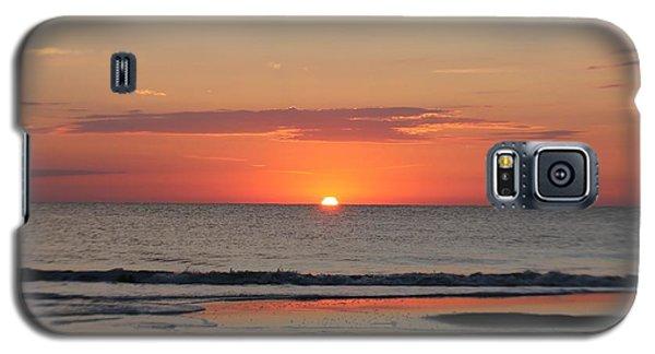 Dawn's Orange Hues Galaxy S5 Case by Robert Banach