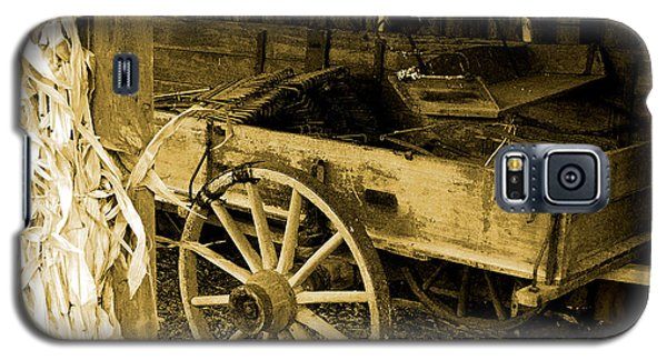 Galaxy S5 Case featuring the photograph Days Gone By. by John Freidenberg