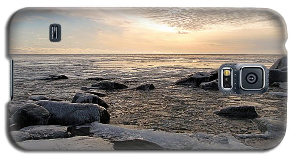 Dazzling Winter On Lake Superior Galaxy S5 Case by James Peterson
