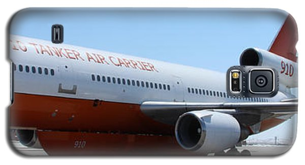 Dc-10 Air Tanker At Rapid City Galaxy S5 Case