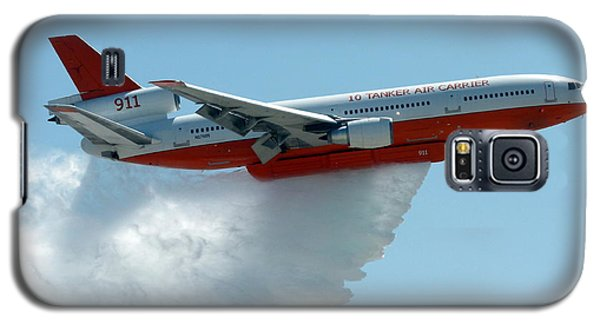 Dc10 Aerial Tanker Dropping Water Galaxy S5 Case