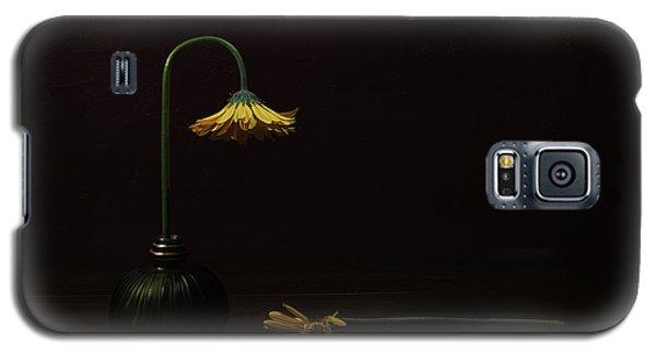Daisy Galaxy S5 Case - Death Of A Relative by Darlene Hewson
