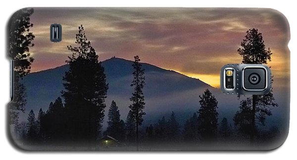 Galaxy S5 Case featuring the photograph December Dawn by Julia Hassett