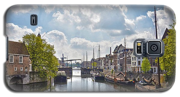 Galaxy S5 Case featuring the photograph Delfshaven Rotterdam by Frans Blok