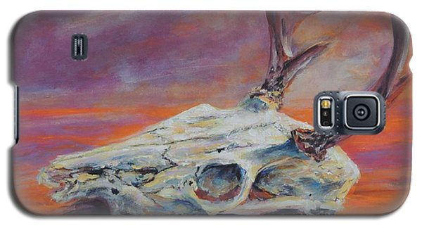 Galaxy S5 Case featuring the painting Desert Sunset Deer by Mary Schiros