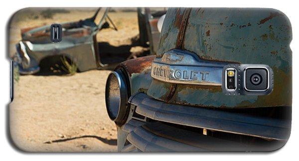 Galaxy S5 Case featuring the photograph Desert Wrecks  by Juergen Klust