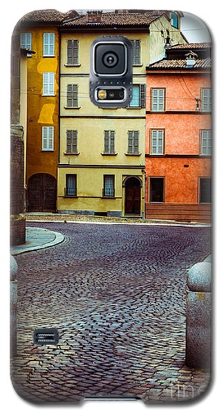 Deserted Street With Colored Houses In Parma Italy Galaxy S5 Case