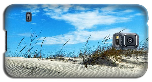 Galaxy S5 Case featuring the photograph Designs In Sand And Clouds by Gary Slawsky