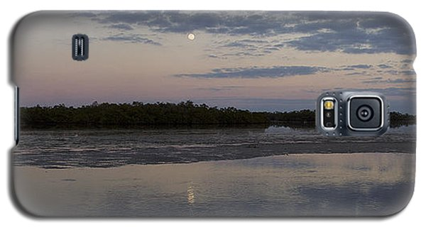 Galaxy S5 Case featuring the photograph Ding Darling And Moon - 16x42 by J L Woody Wooden
