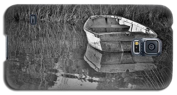 Dinghy In The Marsh Galaxy S5 Case