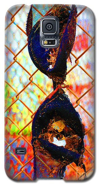 Galaxy S5 Case featuring the photograph Dirty Laundry by Christiane Hellner-OBrien