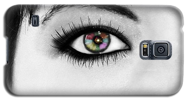 Galaxy S5 Case featuring the photograph Discernment by Ester  Rogers