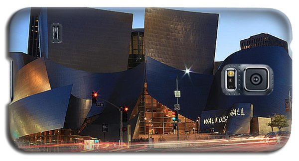 Galaxy S5 Case featuring the photograph Disney Concert Hall by Kevin Ashley