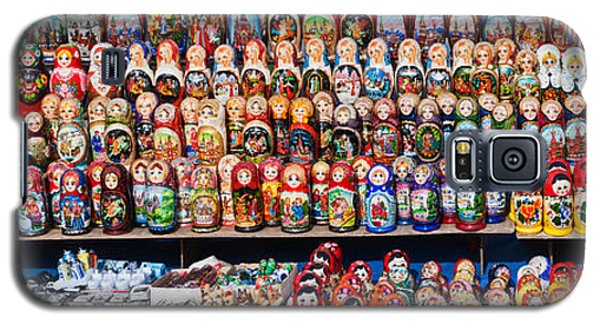Display Of The Russian Nesting Dolls Galaxy S5 Case by Panoramic Images
