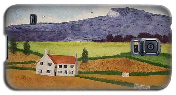 Galaxy S5 Case featuring the painting Distant Hills by John Williams