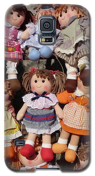 Galaxy S5 Case featuring the photograph Dolls by Marcia Socolik