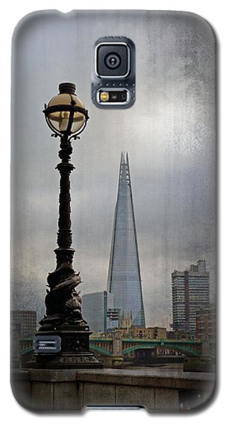 Dolphin Lamp Posts London Galaxy S5 Case