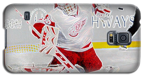 Galaxy S5 Case featuring the photograph Dominic Hasek by Don Olea