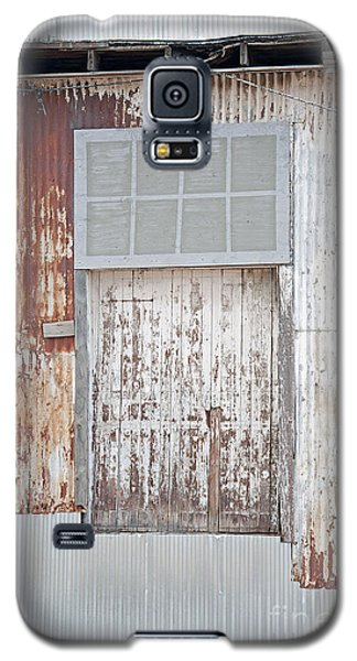 Galaxy S5 Case featuring the photograph Door 2 by Minnie Lippiatt