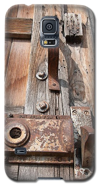 Door Knob Galaxy S5 Case by Minnie Lippiatt