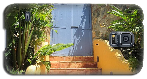 Galaxy S5 Case featuring the photograph Doorway To Paradise by Fiona Kennard