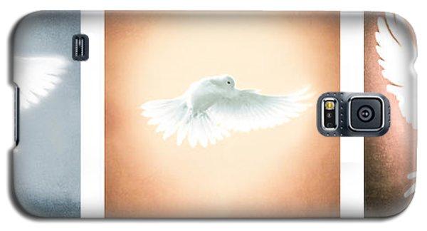 Dove In Flight Triptych Galaxy S5 Case
