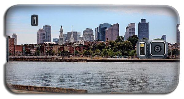 Galaxy S5 Case featuring the photograph Downtown View In Boston by Boris Mordukhayev