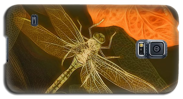 Galaxy S5 Case featuring the painting Dragonfly by Douglas MooreZart